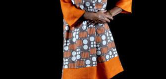 Viele handgefertigte Kleidungsstücke für KleidungskunstARTikel hergestellt
