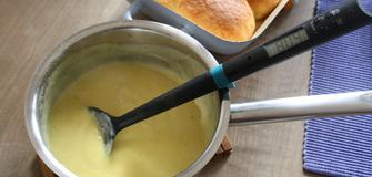 Neues Rezept: Schnelle Vanillesauce - der schlaue Kochlöffel