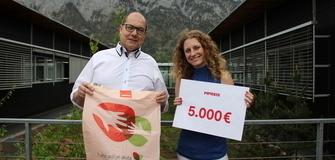 """MPREIS unterstützt auch dieses Jahr """"Südtirol hilft"""" mit einer Spendensumme von 5.000€"""