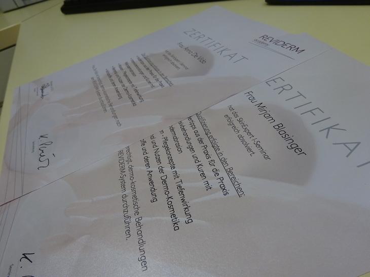 Diploma SkinExpert I Reviderm