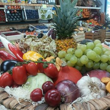 Obst und Gemüse Geier