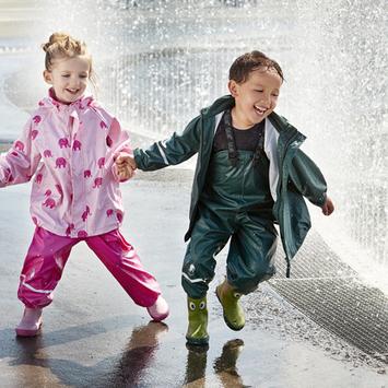 KidsWear dein Geschäft für Kinderbekleidung in LANA 0-14 Jahre