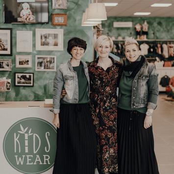 KidsWear tuo negozio d'abbigliamento bambini 0-14 anni